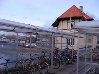 Kolostav u nádraží