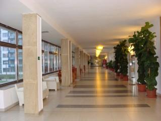 Kolonáda v Auroře