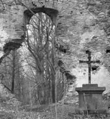 Pozůstatky poutního kostela u Lutové