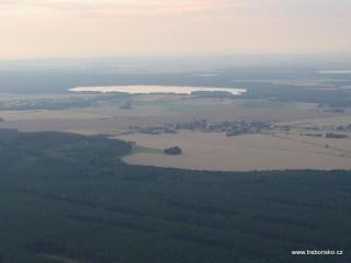 Dunajovická hora (504,4 m.n.m.), Dunajovice, rybník Dvořiště (387 ha)