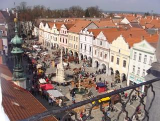 Náměstí v Třeboni a trhy