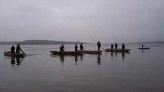 Klasický snímek rybářů při zátahu