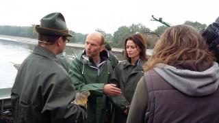 Gondíci na výlovu Rožmberka; Adéla Gondíková s bratrem Daliborem se seznamují s Třeboňským kaprem