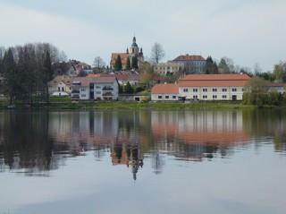 Chlum u Třeboně a rybník Hejtman
