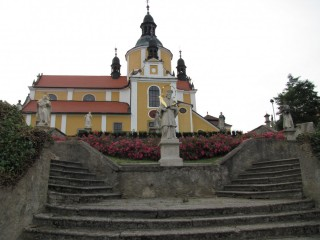 Chlum u Třeboně a kostel Nanebevzetí Panny Marie