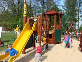 Dětské hřiště v areálu Pod Světem