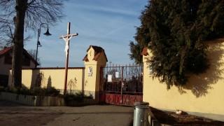 Štěpánovice - vstup na hřbitov