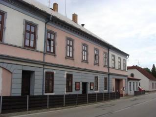 Ochotnické divadlo ve Stráži má velkou tradici