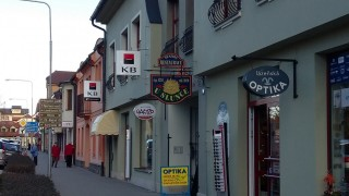 Restaurace U Slunce - vchod z ul. Svobody