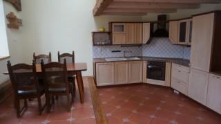 Terasa - posezení s kuchyní