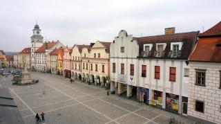 Výhled z terasy na Masarykovo náměstí