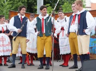 Folklorní festival v Lomnici