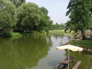 Kemp a řeka  Lužnice