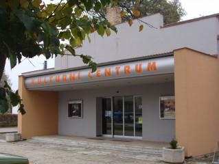 Kulturní střediskom, kino