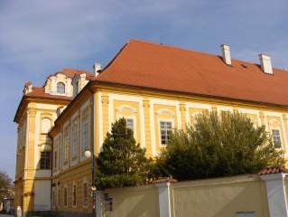 Borovany - bývalý klášter