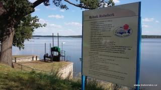Rožmberk (647 ha) - největší český rybník