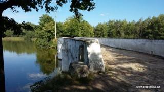 Záplavový most u Nové Hlíny z roku 1781, opravený po povodních 2002