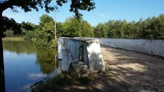 Přes záplavový most u Nové Hlíny