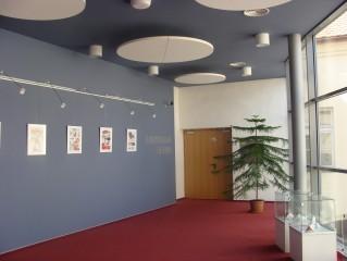 Vstup do divadla z foyer Tylova divadla