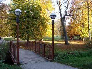 Do zámeckého parku