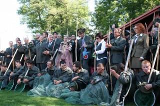 Slavnostní zahájení rybářských slavností na Louce u Zlaté stoky