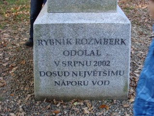 Rybník Rožmberk odolal v srpnu 2002 dosud největšímu náporu vod
