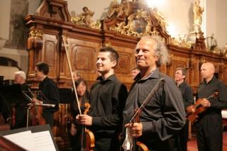 Václav Hudeček s orchestrem
