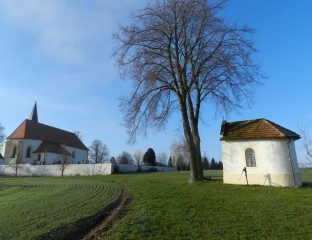 Kostel a kaple v Drahově