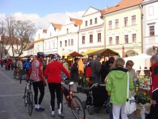 Cyklisté na trhu
