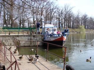 Vyhlídkové plavby po rybníce Svět