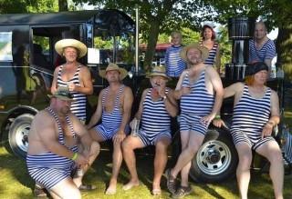 Plaveckou sezonu v Třeboni uzavřou dva koncerty a slavnost retroplavek