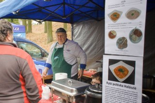 Mistr kuchař Eduard Levý z Jihočeské univerzity nabízí své speciality