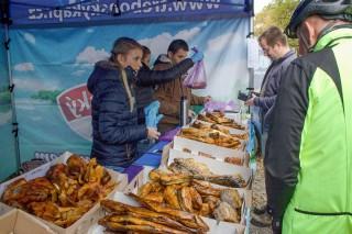 Uzené ryby nabízí Fish Market