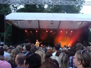 OT - koncert v parku