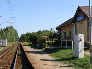 Petříkov- zastávka želznice