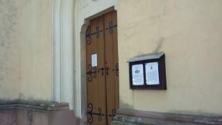 Vstupní portál do kostela sv. Václava