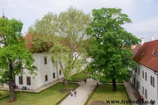 Pohled z okénka půdy Zámku Třeboň