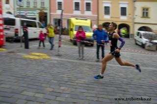 nejrychlejší půlmaratonec (1:15:13)