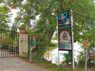 Zoo je u rybníka Munický